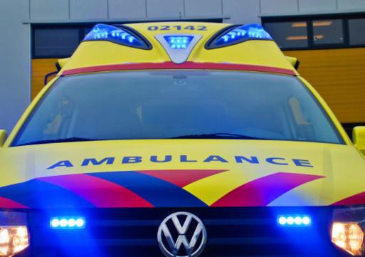 Man rijdt na ongeluk door, maar raakt alsnog onwel op A59