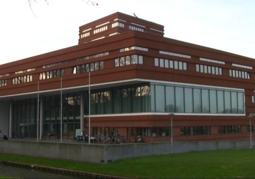 Raadzaal Waalwijk locatie voor theatervoorstelling
